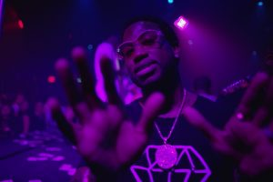 Gucci Mane – Hurt Feelings prod. Metro Boomin [Official Music Video]